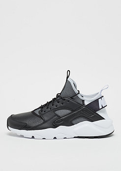 NIKE Air Huarache Run Ultra SE black/black/white