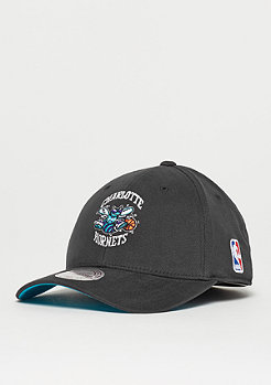 Mitchell & Ness Flexfit 110 Low Pro NBA Charlotte Hornets black