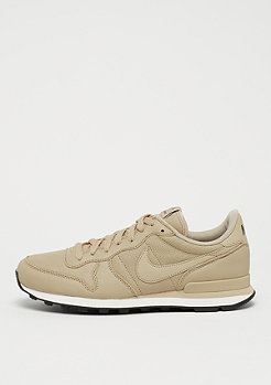 NIKE Internationalist mushroom/black-sail
