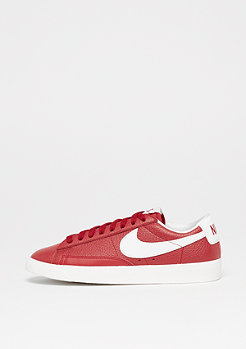 NIKE Wms Blazer Low Premium gym red/white-gym red-sail