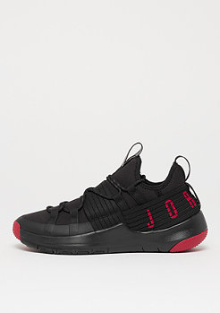 JORDAN Trainer Pro black/gym red/gym red