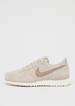NIKE Air Vortex Leather desert sand/sand/sail