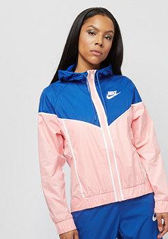 Milf rosa Trainingsanzug