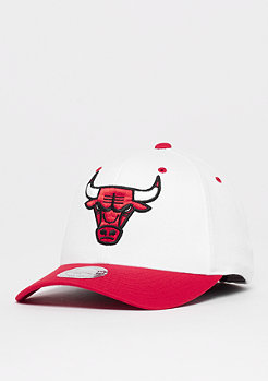 Mitchell & Ness The White Crown Team Logo 110 NBA Chicago Bulls white/red