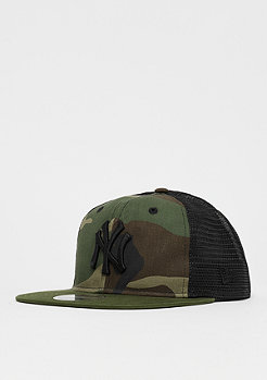 New Era 9Fifty Trucker MLB New York Yankees Washed woodland camo