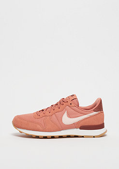 NIKE Internationalist terra blush/guava ice-summit white