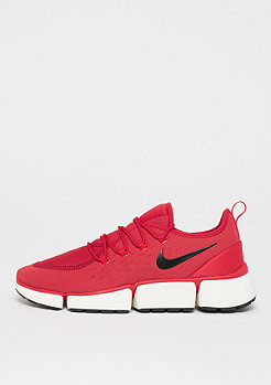 NIKE Pocket Fly DM university red/black/gym red/sail