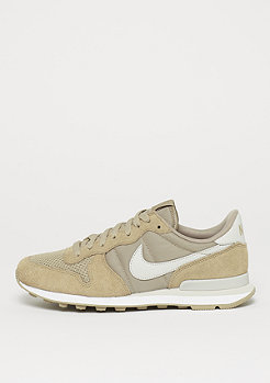 NIKE Internationalist SE khaki/lt bone-white