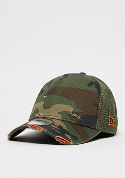 New Era 9Forty Distressed Trucker woodland camo