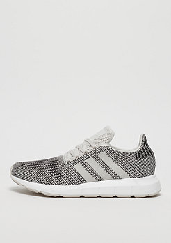 adidas Swift Run core talc/talc/ftwr white
