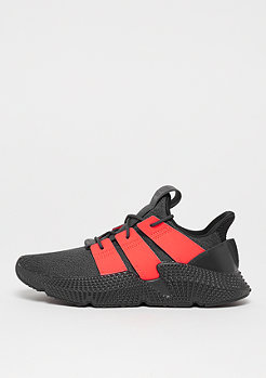adidas Prophere core carbon/solar red/carbon