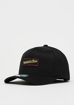 Mitchell & Ness M&N Luxe 110 Curved Snap black