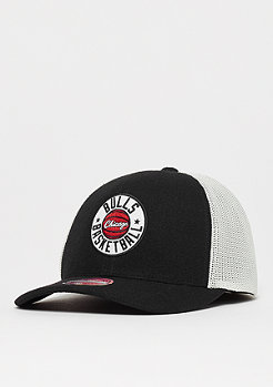 Mitchell & Ness NBA Chicago Bulls HWC Patch 110 Curved Snap black