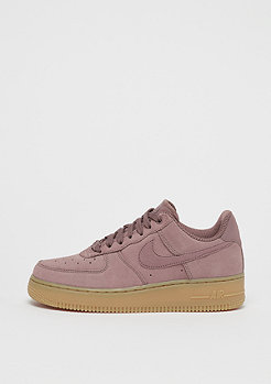NIKE Wmns Air Force 1 07 SE smokey mauve/smokey mauve
