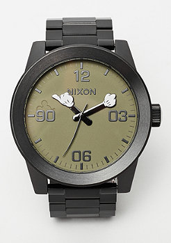 Nixon Corporal SS black / surplus / mickey arms