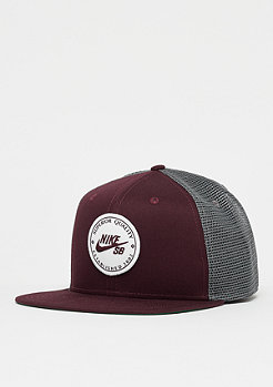 NIKE SB NK Pro Cap Patch Trucker burgundy crush/gunsmoke