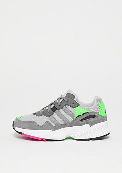 adidas YUNG 96 grey two F17/grey three F17/shock pink