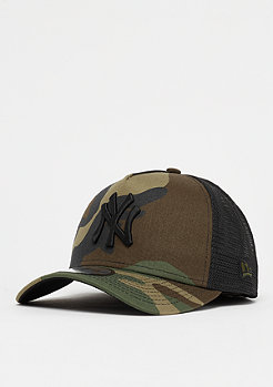New Era A-Frame Trucker MLB New York Yankees woodland camo/black