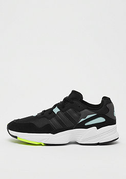 adidas YUNG-96 core black/core black/clear mint