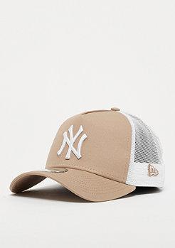 New Era 9Forty Trucker MLB New York Yankees Essential camel/wht