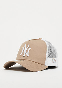 New Era 9Forty Trucker MLB New York Yankees Essential camel/wht