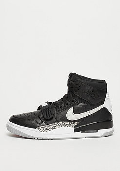 JORDAN Air Jordan Legacy 312 black/white