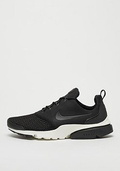 NIKE Presto Fly black/black/dark grey/sail