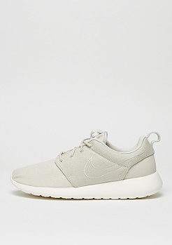 NIKE Laufschuh Roshe One Premium light bone/light bone/sail