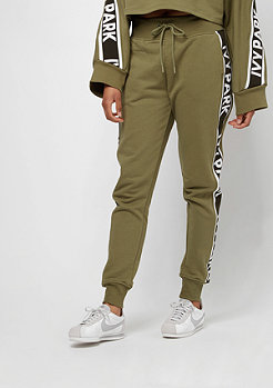 IVY PARK Logo Tape Jogger dark green