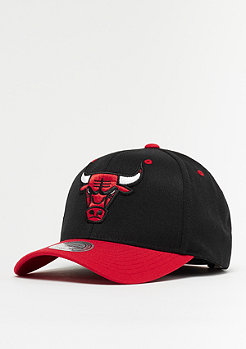 Mitchell & Ness Team Logo 2 Tone 110 NBA Chicago Bulls black/red