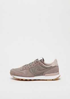 NIKE Wmns Internationalist sepia stone/sepia stone-particle beige
