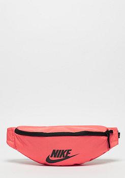 NIKE Sportswear Heritage rush coral/black/black