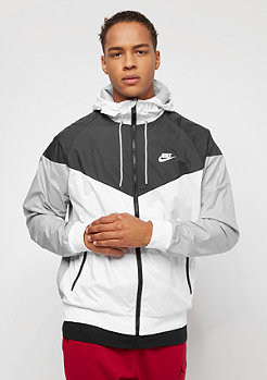 NIKE Windrunner white/black/wolf grey