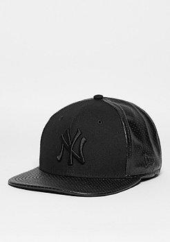 Snapback-Cap Tonal Perf Vize MLB New York Yankees black/black