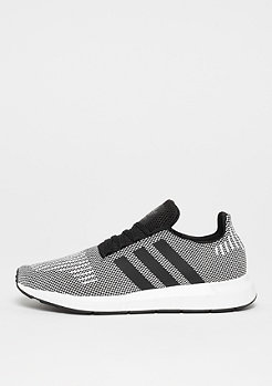 adidas Swift Run core black/core black/ftwr white