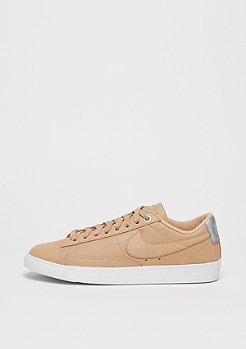 NIKE Beautiful x Powerful Blazer Low vachetta tan/vachetta tan-white