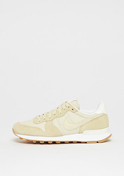 NIKE Internationalist fossil/sail-sail-white