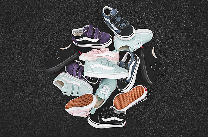 dce30a30325392 Om Kids schoenen en kleding nu te bestellen in de SNIPES online shop