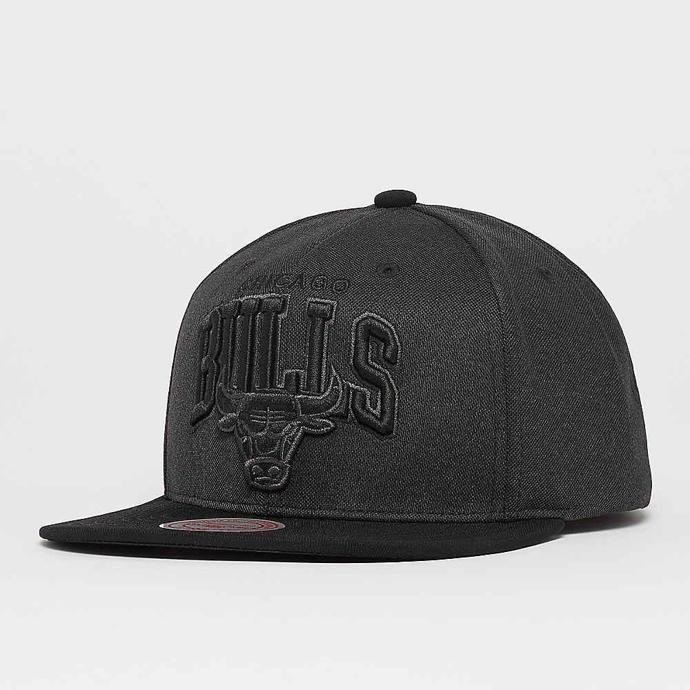 ec3fb40a7c857 Compra Mitchell   Ness Resist 3D Arch NBA Chicago Bulls d.grey Gorras  Snapback en SNIPES