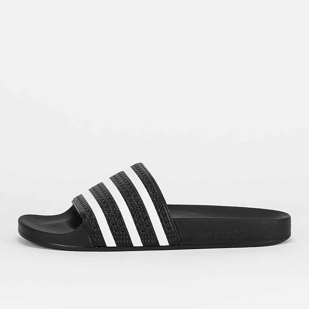 d181957f Compra adidas Adilette core black Sandalias en SNIPES