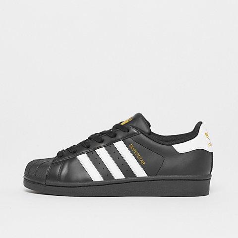timeless design 67a05 20984 adidas im SNIPES Onlineshop