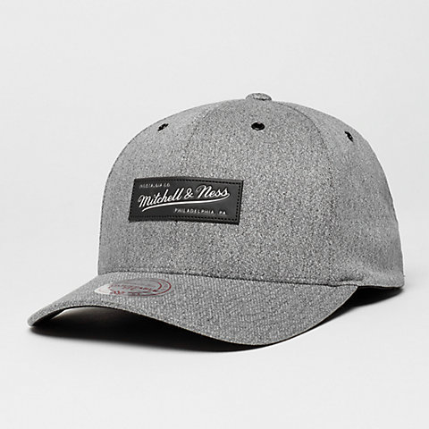 Mitchell   Ness realizar un pedido ahora en la tienda online de SNIPES 80a8a0f3a30