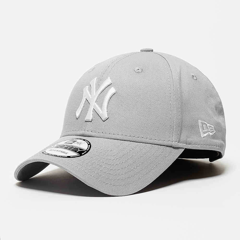 Compra New Era 9Forty League Basic MLB New York Yankees grey white Gorras  de Baseball en SNIPES 29e86bf943b