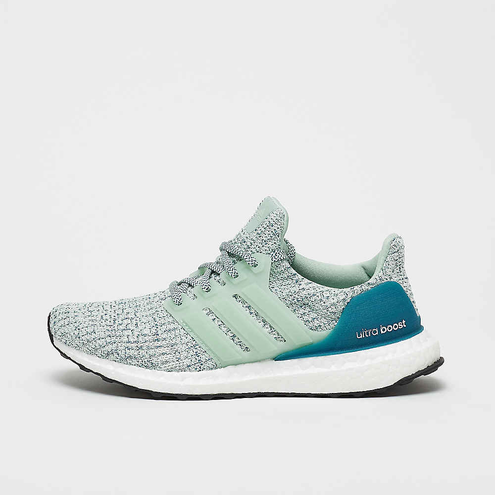 wholesale dealer b2e0f 0bb57 Zapatillas UltraBOOST Clima ash green de adidas en SNIPES