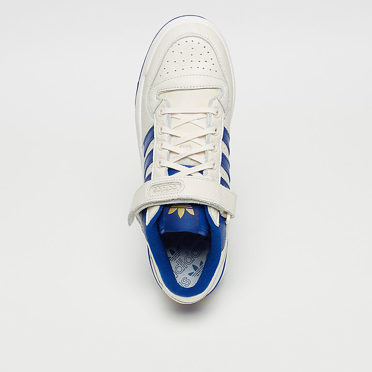 b0779529a297 adidas Forum Lo chalk white collegiate royal gold Basketball bei ...