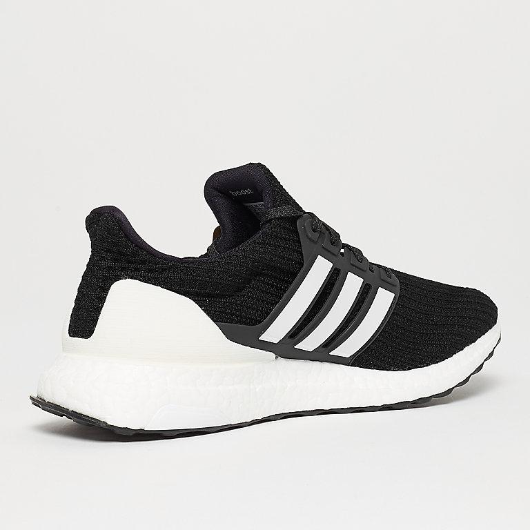 new product 6b07d 9e2a0 Zapatillas UltraBOOST core black de adidas en SNIPES