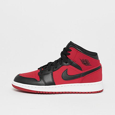 7af5377ead4 Air Jordan sneakers dans la boutique en ligne SNIPES