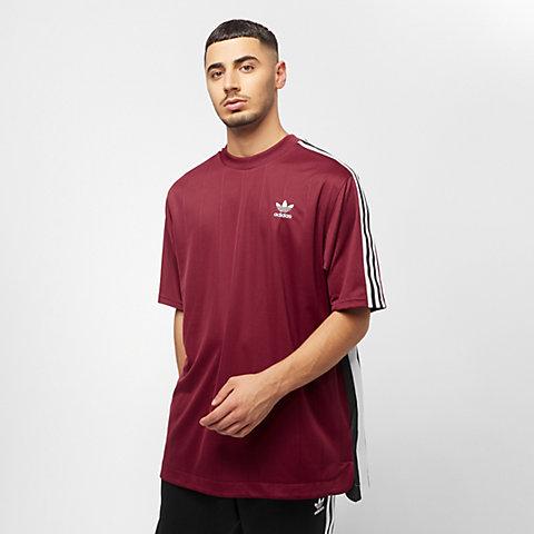 e3d18f527c131 Compra Hombre Camisetas deportivas online en la tienda de SNIPES