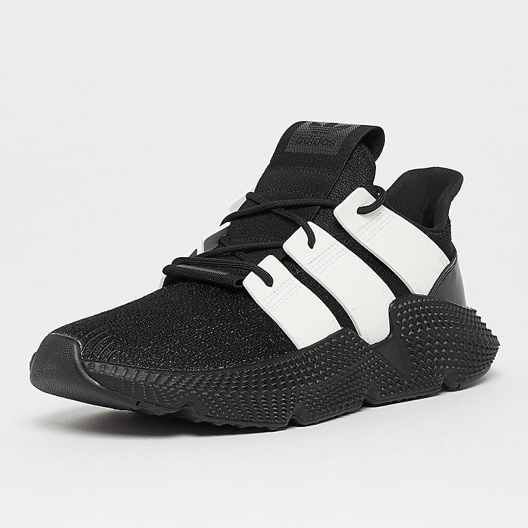 quality design 98b0e 92ce7 Zapatillas adidas Prophere core blackftwr white ahora en SNI