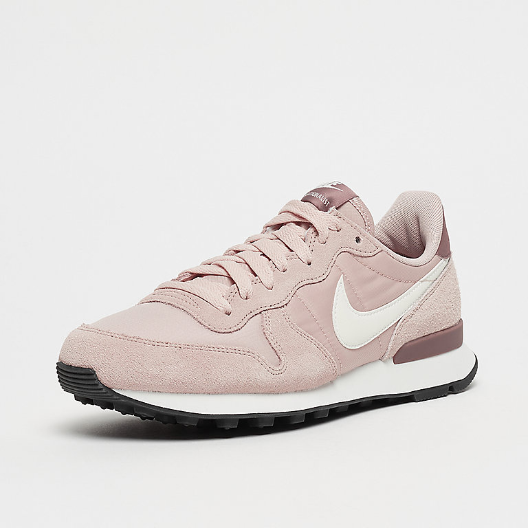 NIKE Internationalist particle beigesummit white smokey